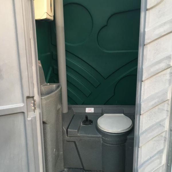 Secondhand toilet unit for sale