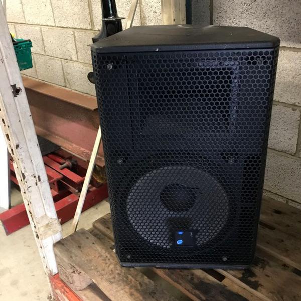 Used loud speakers
