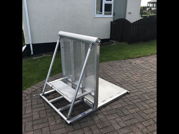 Big Head Crowd barriers - for sale