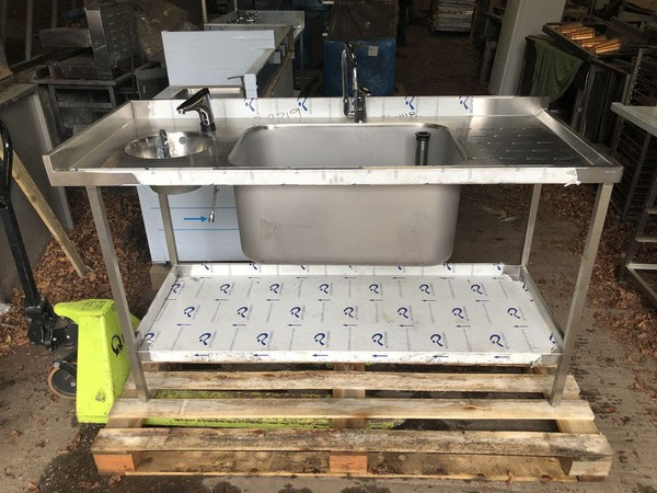 Brand New Extra Large Sink Unit with Built in Handwash Basin