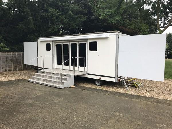 7m exhibition trailer