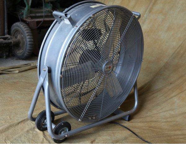 High volume cooling fan