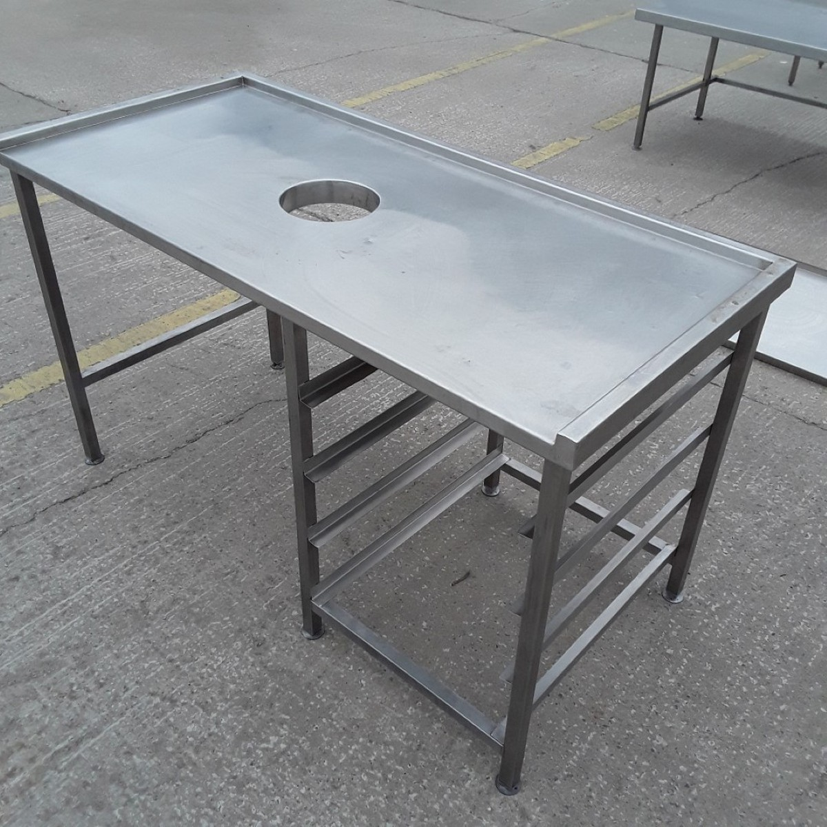 Used Stainless Steel Tables >> Secondhand Catering Equipment Stainless Steel Tables 1 01m To 2m
