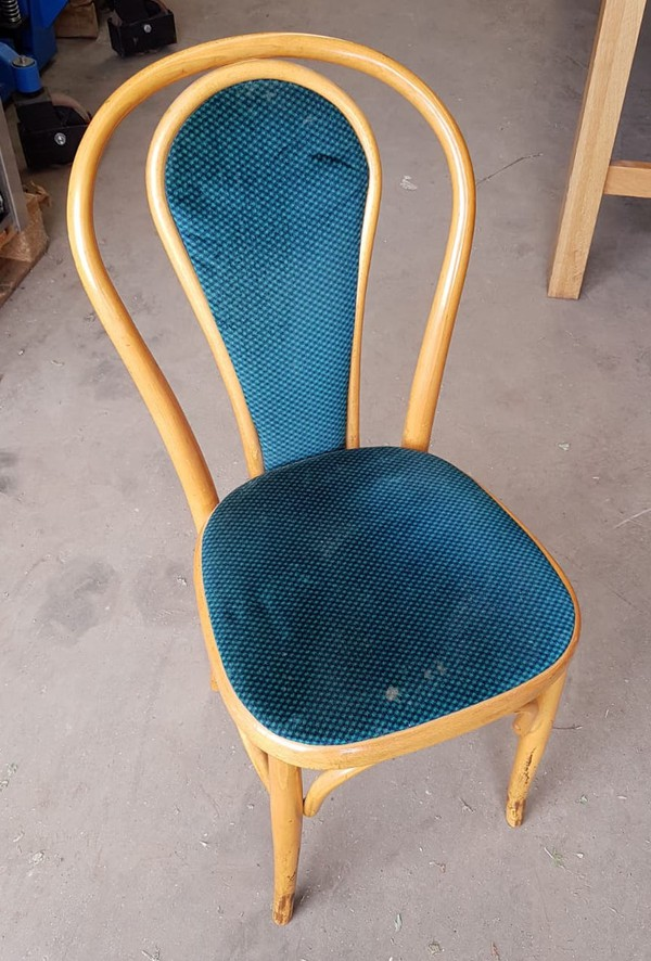 64x Cafe Chairs