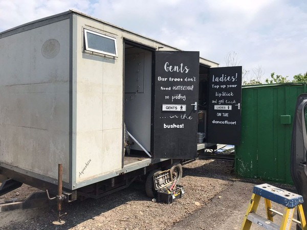2 + 1 Toilet Trailers
