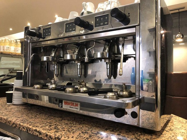 3 group coffee machine
