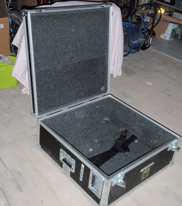 Large flight case for sale