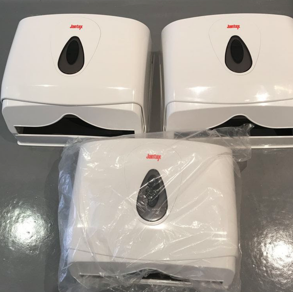 Paper towel dispensers for sale