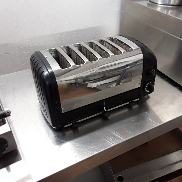 Used Dualit D6BMHA Stainless Steel 6 Slot Slice Toaster (6774)