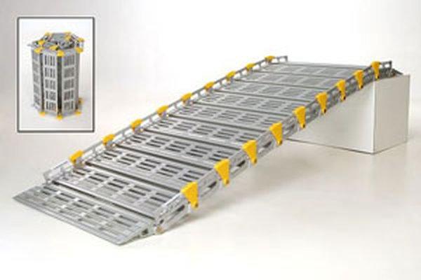 Rollaramp foding ramp