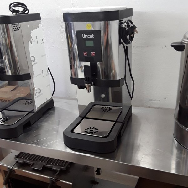 Used Lincat EB3F Stainless Steel Table Top Auto Feed Water Boiler (6784)