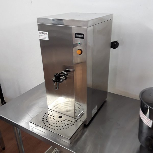 Used Marco Aquarius 3/15 Stainless Steel Table Top Auto Feed Hot Water Boiler (6791)