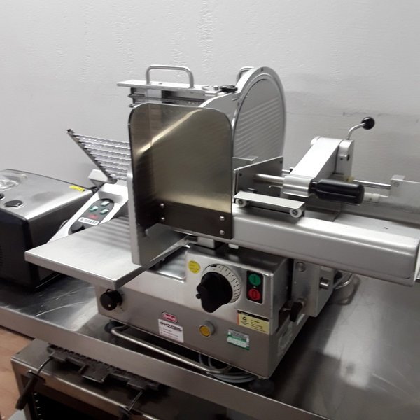 Used Berkel VA-300 Stainless Steel Table Top Heavy Duty Auto Meat Food Slicer (6792)