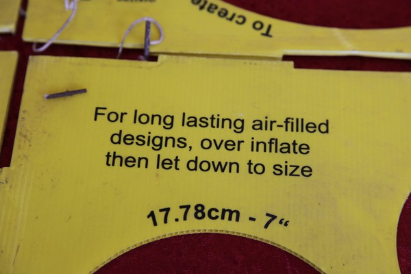 """A range of balloon sizing gauges from 3"""" to 12"""""""