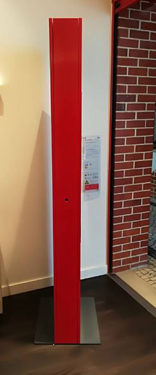 Freestanding promotional display