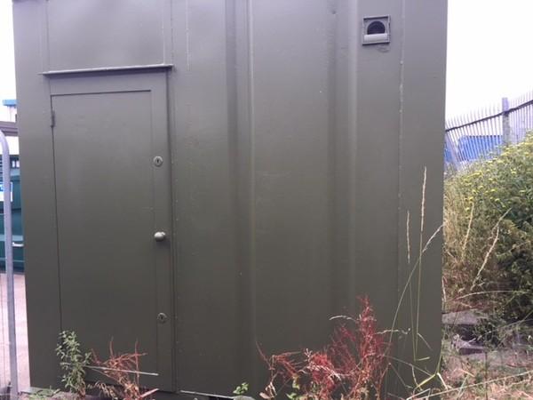 steel anti vandal mains toilet block