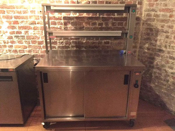 Heated Servery Counter With Gantry - London