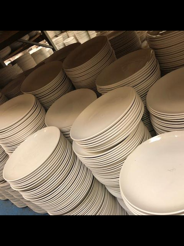 Used crockery for sale