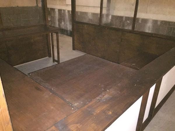 Used portable xmas stalls