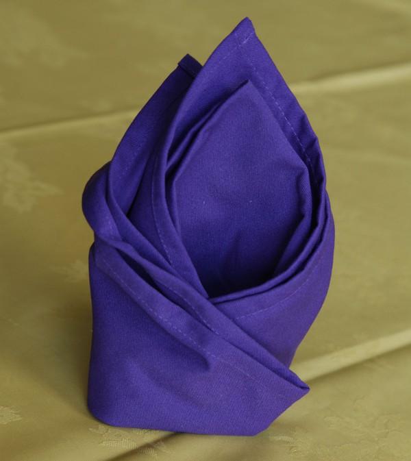 purple blue napkins