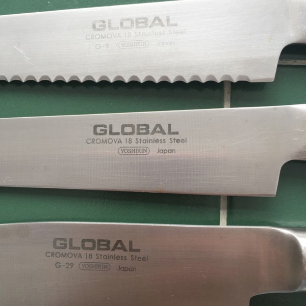Secondhand chefs knives