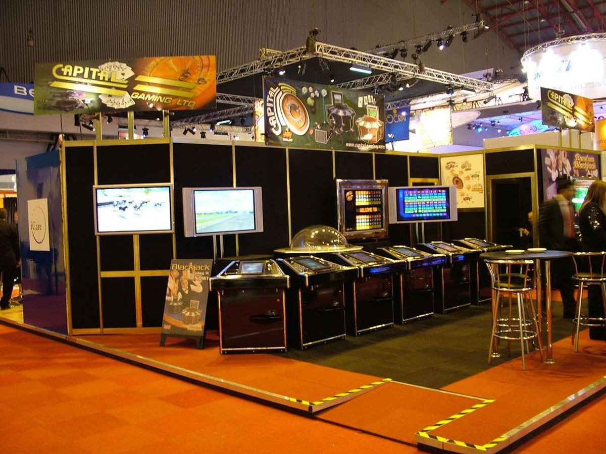 Exhibition Stand For Sale : Secondhand exhibition and display equipment display panels