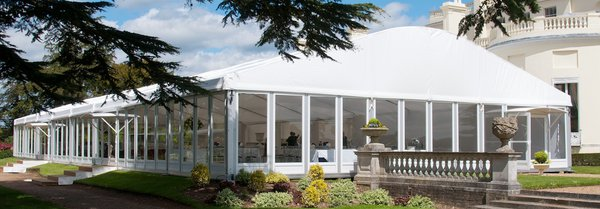 Curved roof marquee