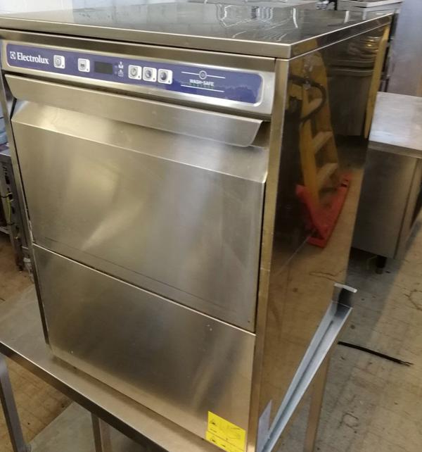 Electrolux WT30E Dish Washer