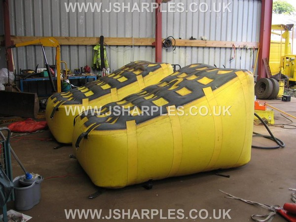 """Pair Of """" Mfc """" Large Wedge Air Bags"""