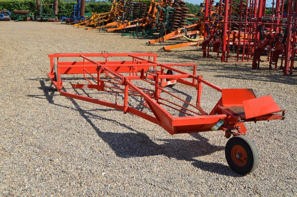 Browns Flat8 Bale Sledge