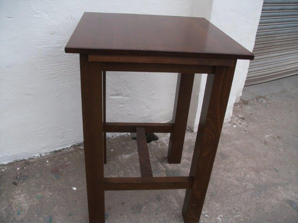 Poseur Table (Code T1778P)