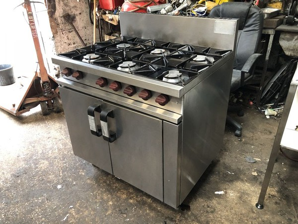 Secondhand oven for sale