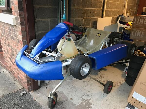 Selling JICA 100 Race Kart