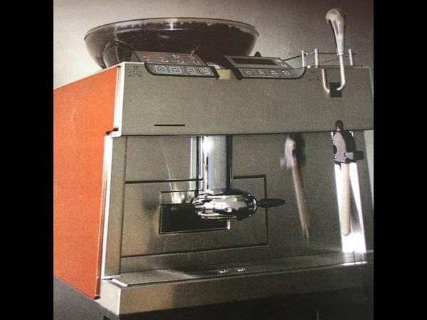 Starbucks Mastrena Thermoplan Bean to Cup Coffee Machine