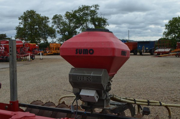 Second Hand Sumo Seeder for Cultivator