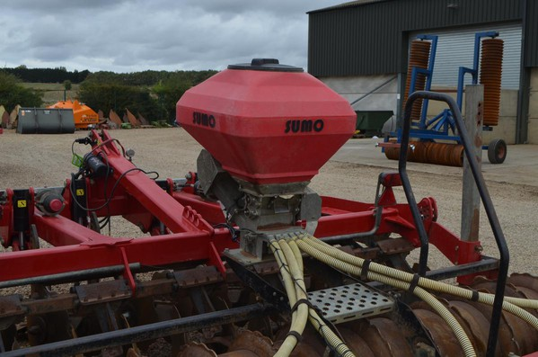 Sumo Seeder for Cultivator