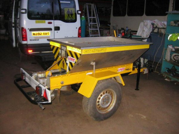 Logic GDS250 Stainless Steel Gritter Hopper