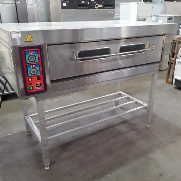 pizza oven