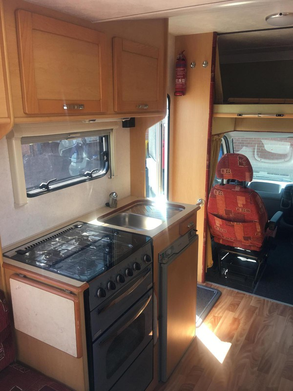 Motorhome kitchen unit