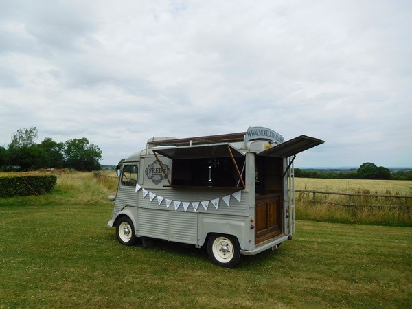 Secondhand mobile bar