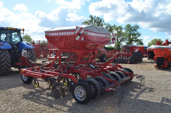 USED HORSCH 4CO SEED DRILL