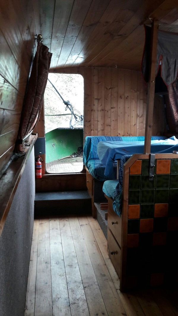38 ft rustic style narrowboat