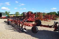 KUHN HUARD 8F WAGON PLOUGH