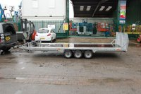 Bateson PT56 trailer with hinged ramp