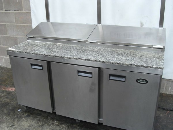 Fosters Pizza Topper With Spares, Granite Work Surface With Wheels