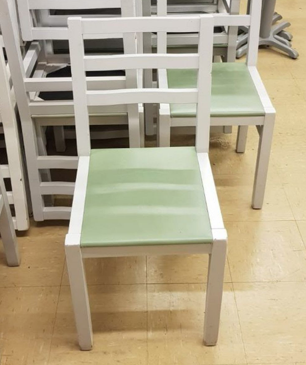 Secondhand job lot of chairs