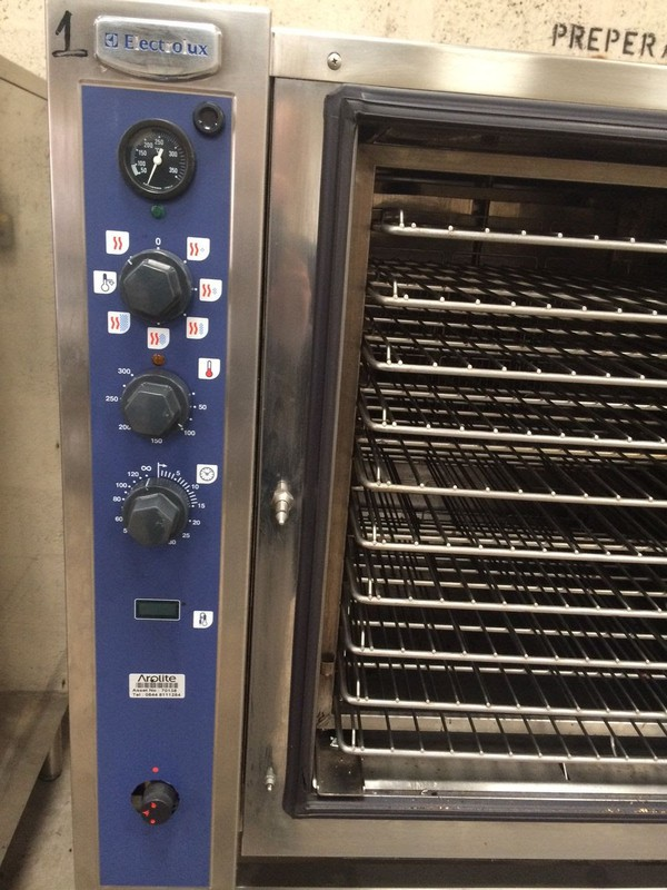 Used Electrolux LPG Gas 10 Grid Steam Convection Oven FCG102