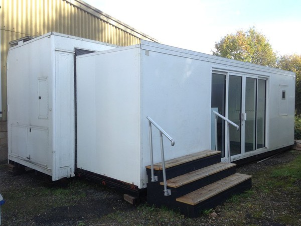 Used exhibition hospitality units