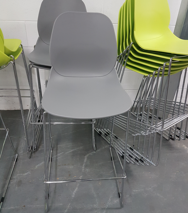 Secondhand bar stools