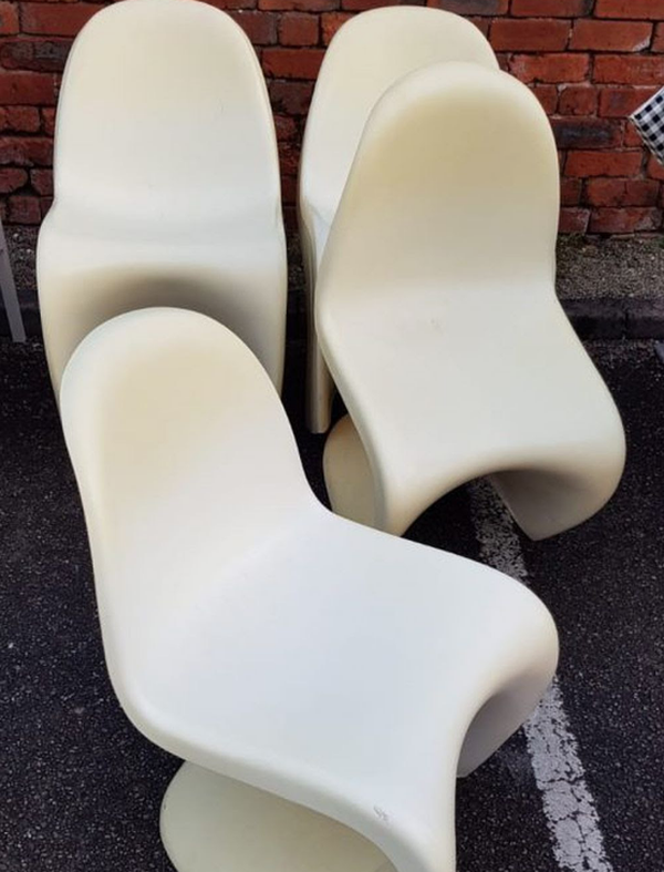 Secondhand Z chairs